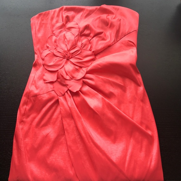 Adrianna Papell Dresses & Skirts - Strapless Party Dress | Hailey Adrianna Papell